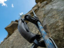 Best Ascenders for Tree and Rock Climbing In 2021