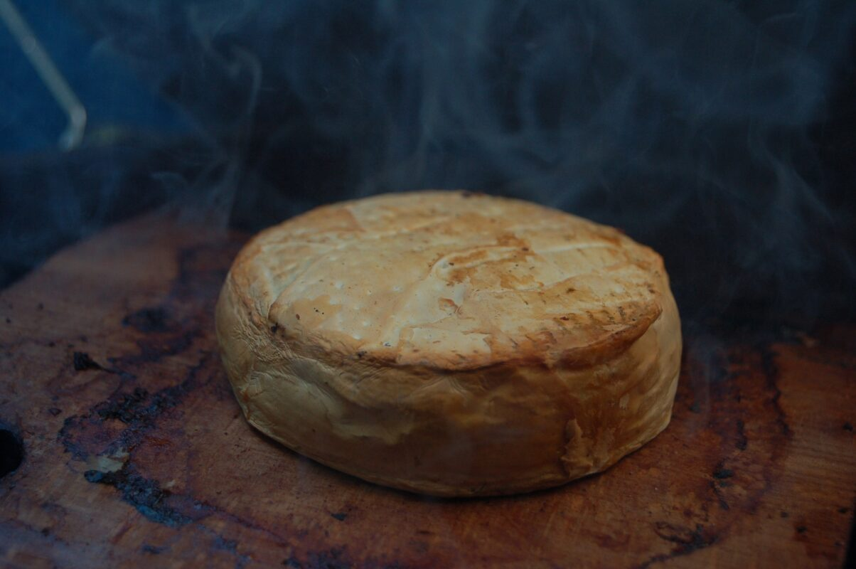 6 most common ways to store smoked cheese